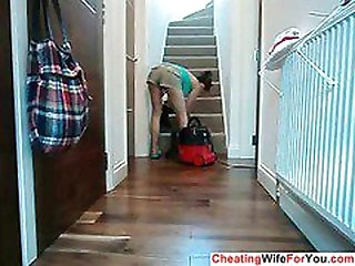 House wife win bored
