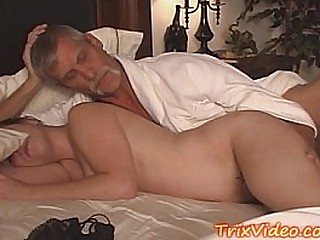 Dad doing sex with young